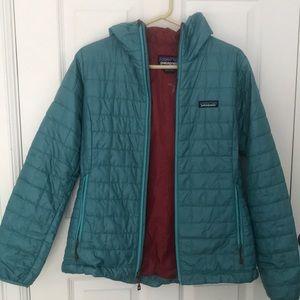 Teal Patagonia nano puff jacket